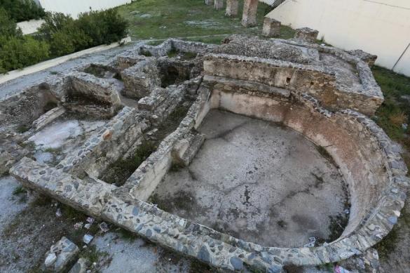 Фото раскопки древней бани
