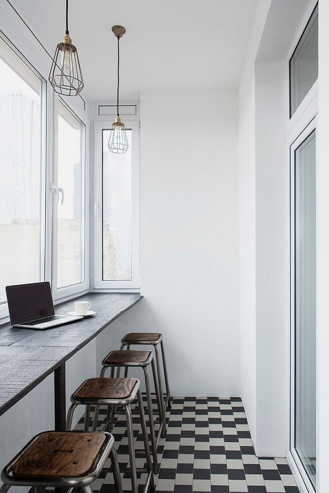 идея оформления балкона в стиле лофт