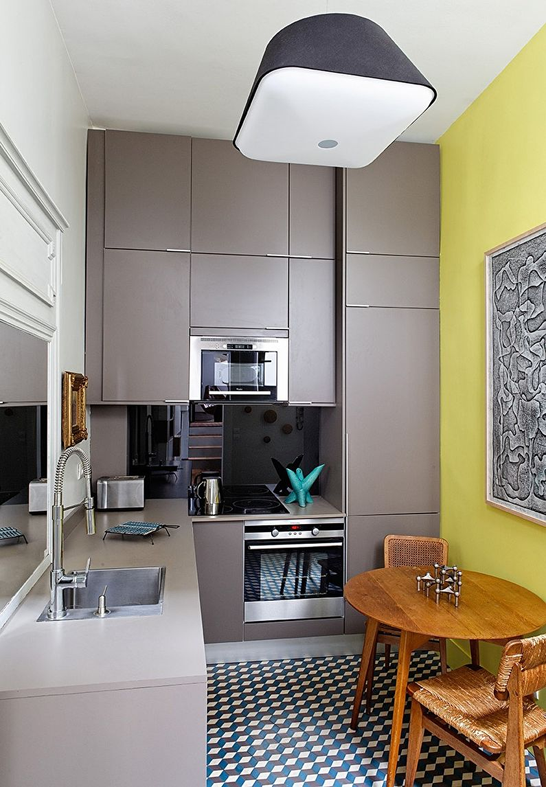 Маленькая кухня - дизайн потолка