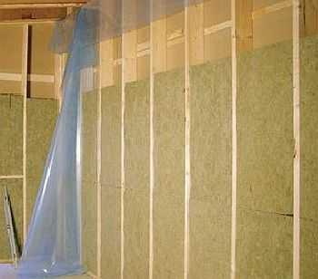 В качестве утеплителя чаще всего используют базальтовые ваты