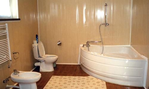 Отделка ванной комнаты панелями ПВХ своими руками и качественно