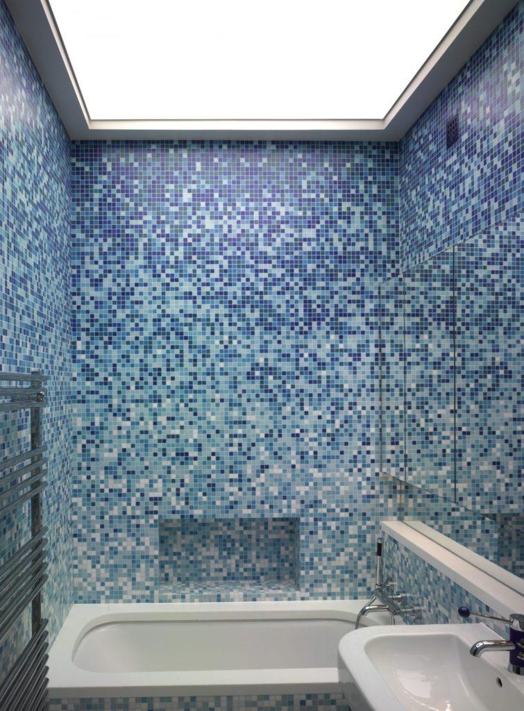 Мозаика в ванной комнате плавный переход