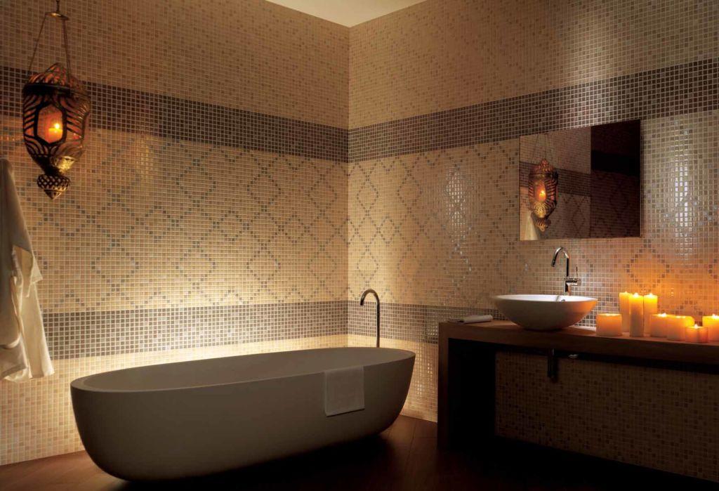 Керамика очень популярна при отделке ванной благодаря низкой стоимости