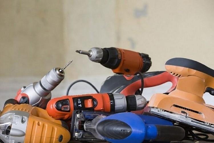 Перечень строительных инструментов зависит от используемых материалов
