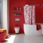 Покраска стен в ванной комнате красной краской