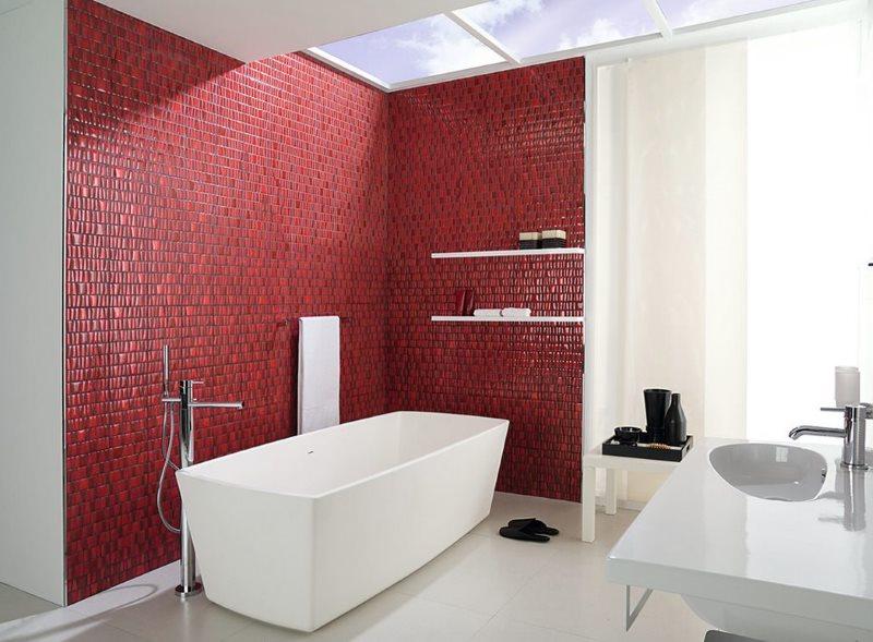 Зонирование ванной комнату с помощью мозаики