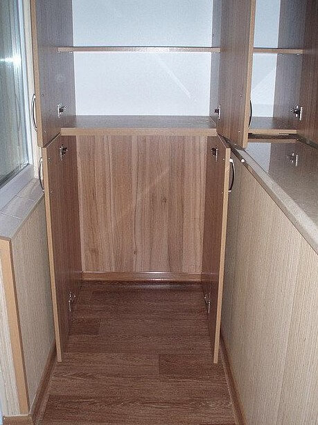 картинка шкаф на балкон из ДСП