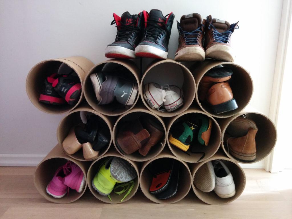 Полка для обуви в прихожую своими руками фото из подручных средств 52
