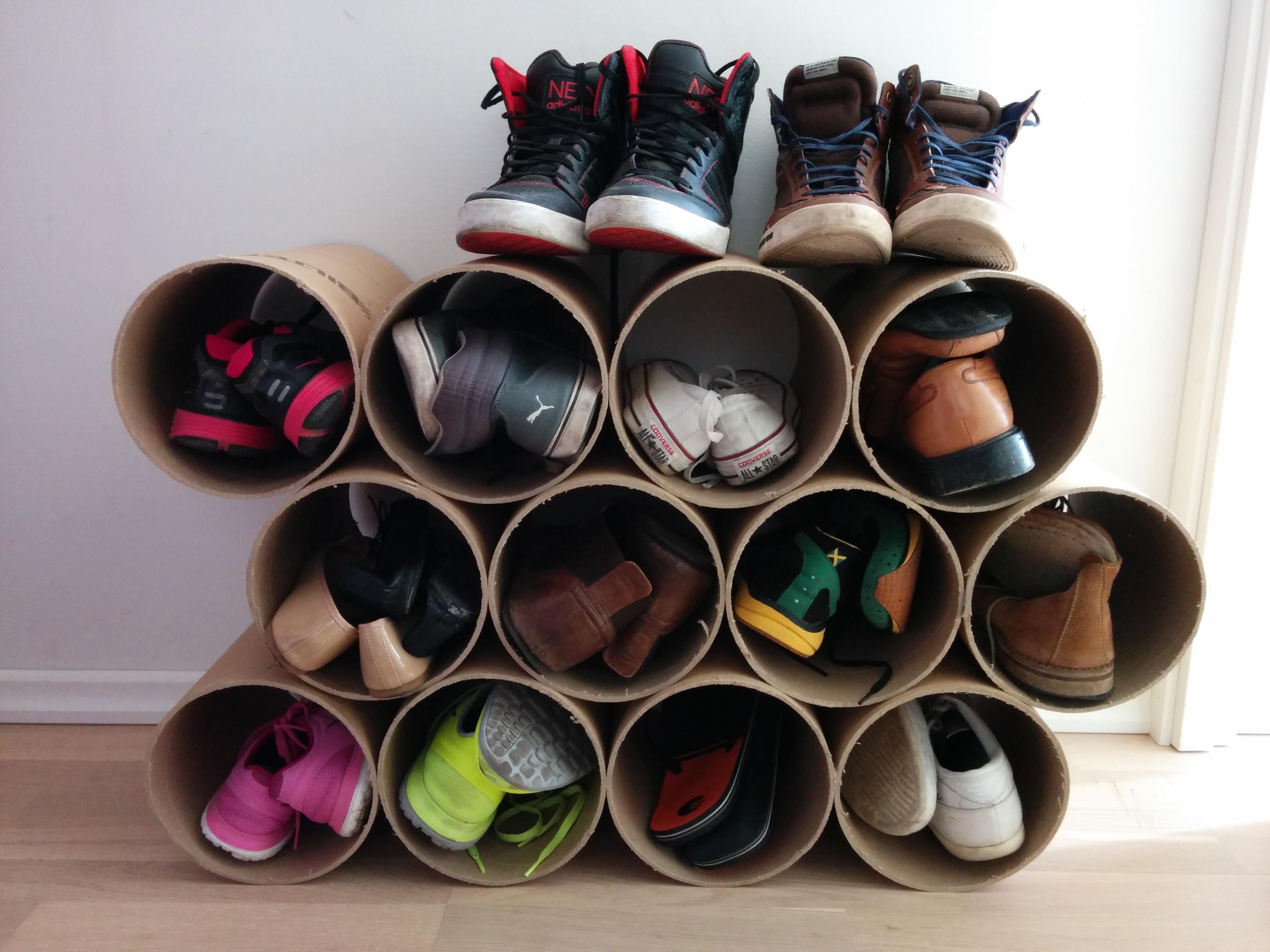 Как сделать подставку для обуви из подручных материалов